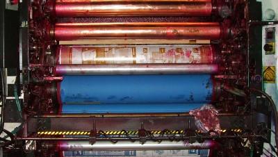 Droogijsstraal_grafische industrie_drukpersen-reinigen-voor